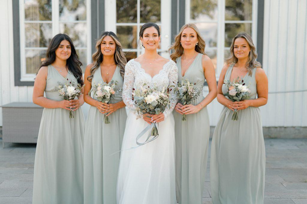 bröllopsfotografering tärnor